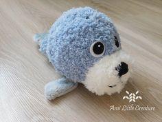 Ami Little Creature: Franny the Seal FREE PATTERN Dog Pattern, Free Pattern, Grey Stuff, Ladder Stitch, Blanket Stitch, Head Pins, Triangle Shape, Black Felt, Pattern Making