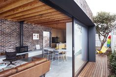 Image 14 of 32 from gallery of Maroubra House / Those Architects. Photograph by Luc Remond