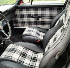 Porsche 911 plaid interior