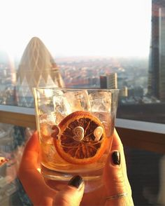 239/365: Cheers my beautiful London : )