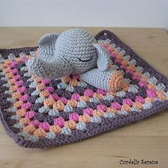 Elephant Lovey --- FREE CROCHET PATTERN