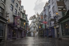 #DiagonAlley Zoomed-out shot of Diagon Alley