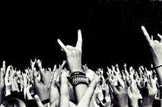 Long live Rock n Roll! Rock Tumblr, Festival Metal, Rave Festival, Hip Hop 90, Rock Chic, Punk Rock, 80s Rock, Hard Rock, Rock N Roll