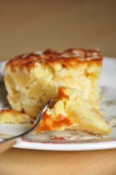 A twist on cake, with apples! Apple Recipes, Sweet Recipes, Baking Recipes, Cake Recipes, Dinner Recipes For Kids, Healthy Dinner Recipes, Mousse, How Sweet Eats, Trifle