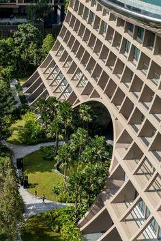 PLAN architect's undulating sindhorn kempinski hotel opens in thailand Kempinski Hotel, How To Plan, Arquitetura