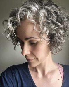10 Alluring Curly Bob Hairstyles with Weave WeTellYouHow Curly Bob Hairstyles Alluring Bob Curly hairstyles weave WeTellYouHow Grey Curly Hair, Short Grey Hair, Curly Hair Cuts, Curly Hair Styles, 3c Hair, Bob Haircut Curly, Short Curly Haircuts, Short Curly Bob, Weave Bob Hairstyles
