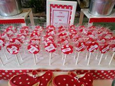 Marta y Pepe ya nos habían encargado una mesa dulce para su boda (mesa de navidad en blanco y plata).  Quedaron tan encantados con el result... Danse Salsa, Party Themes, Ideas Party, Party Planning, Birthday, Desserts, Food, Coral, Spanish