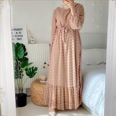 The lighthearted styles of the Boho Long Sleeve Pompom Maxi Dress creates the perfect all season outfit that combines fashion and comfort Elegant Maxi Dress, Lovely Dresses, Modest Dresses, Modest Outfits, Cheap Dresses, Sexy Dresses, Evening Dresses, Dresses With Sleeves, Khaki Dress