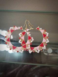 hoop earrings with Valentines Day themed colours Bead Embroidery Jewelry, Beaded Bracelet Patterns, Fabric Jewelry, Jewelry Patterns, Beaded Earrings, Beaded Jewelry, Gothic Jewelry, Handmade Jewelry, Hoop Earrings