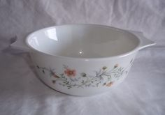 Pyrex Emily White Floral Flowers Handled Vegetable Bowl England Pattern #Pyrex
