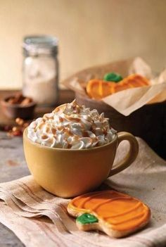 It's finally Pumpkin Spice Latte season! It's back at Panera Bread-- Espresso, steamed milk & pumpkin spice syrup topped with whipped cream & a drizzle of caramel sauce. Pumpkin Recipes, Fall Recipes, Caramel Latte, Fall Treats, Fun Drinks, Beverages, Farmers Market, Chocolates, The Best