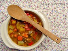 October Healing Vegetable Soup from the Clean Eating Mama Vegetable Soup Healthy, Vegetable Soup Recipes, Healthy Vegetables, Veg Soup, Veggies, Healing Soup, Weight Loss Soup, Cooking Recipes, Healthy Recipes