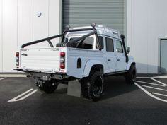 Land-Rover-Defender-130-Double-cab-2-2-TDCi-Over-Land-Polar-Edition