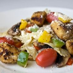 Shannon Style Chicken Pasta -- Crunchy chicken breast with a zesty pasta. #pasta #mealplanning http://ow.ly/c44v5
