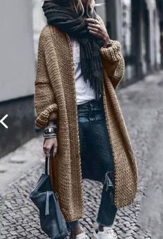 Most recent Absolutely Free knitting cardigan fashion Concepts clothes for women winter Women's Hot Sale Sweaters-Pin Winter Outfits For Teen Girls, Winter Outfits Women, Fall Outfits, Black Outfits, Casual Skirt Outfits, Mode Outfits, 40s Outfits, Today's Fashion Trends, Womens Fashion