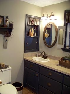 Country Primitive Bathroom Remodeling Ideas Country Primitive Christmas Bathroom Bathroom Designs Decorating