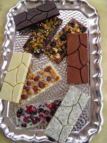 Blog, amely házi készítésű bonbon és csokoládé recepteket tartalmaz. Macaron, Tiramisu, Cookie Recipes, Waffles, Cookies, Breakfast, Blog, Boards, Candy