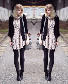 love the dress and the necklace Gina Tricot, Akira, Dress Patterns, Style Me, Cute Outfits, Patterned Dress, Style Inspiration, Pink Black, My Love