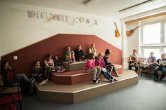 3. - Kategorie: Učebna hudební výchovy - Komenskeho