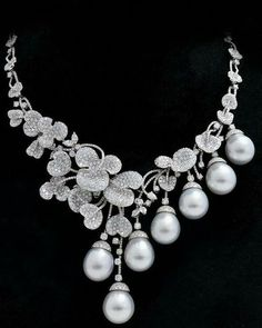 Beautiful Jewelry Silver Beautiful pearl and diamond necklace by Prima Gold. Beautiful Jewelry Silver Beautiful pearl and diamond necklace by Prima Gold. Pearl And Diamond Necklace, Pearl Jewelry, Diamond Jewelry, Bridal Jewelry, Jewelry Gifts, Jewelery, Handmade Jewelry, Diamond Necklaces, Silver Jewelry