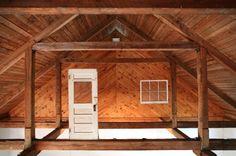 Kyung Woo Han, Found House - II 2010, door, window, 600x400cm