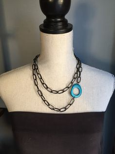 Thick chain with blue accent by veronicarileymartens on Etsy