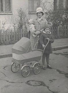 1966 г.