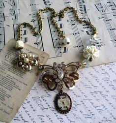 Butterfly Effect in Time Vintage Assemblage Necklace Jewelry Crafts, Jewelry Art, Beaded Jewelry, Jewelry Design, Jewelry Ideas, Jewelry Trends, Charm Jewelry, Jewlery, Artisan Jewelry