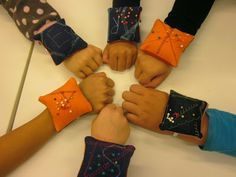 Ribbon, Children, School, Ideas, Fashion, Tape, Young Children, Moda, Boys