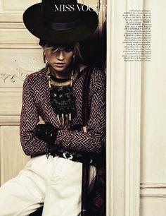 Kasia Struss by Claudia Kmoepfel & Stefan Indlekofer for Vogue Paris, April 2013