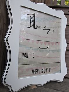 "DIY Dry Erase ""First Day of School"" Frame   Free Printable"