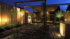In-lite verlichting. Scope, Hyve, Live en de sub. Modern Garden Design, Spots, Outdoor Lighting, Pergola, Villa, Outdoor Structures, Plants, Image, Recherche Google