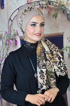 Turban Hijab, Turban Headbands, Turbans, Muslim Fashion, Hijab Fashion, Hair Wrap Scarf, Street Hijab, Head Scarf Styles, Turban Style