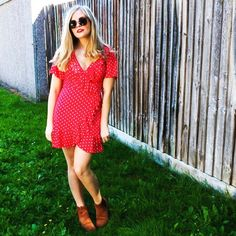 """Exploring &exposing the Instagram scam """"Influencer"""" accounts - The Fashion Faux Pas of Gabrielle Brand Ambassador, Ethical Fashion, New Pictures, Absolutely Gorgeous, Exploring, That Look, Short Sleeve Dresses, Shirt Dress, Pretty"""