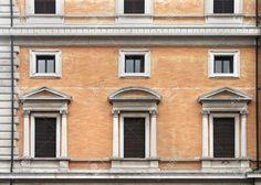 31762498-Vintage-closed-windows-on-old-building-stone-facade-Stock-Photo.jpg (1300×926)