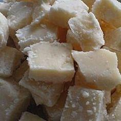 Scottish Tablet (Fudge) Fudge Recipes, Chef Recipes, Candy Recipes, Holiday Recipes, Scottish Dishes, Scottish Recipes, Irish Recipes, Pudding Desserts, Pudding Recipes