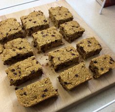 """Pumpkin oat bars"" Mix 3 cups all natural quick oats, 2 tsp baking powder, 1/2 tsp baking soda, pinch of salt, 1 1/2 tsp ground cinnamon, 1/4 tsp nutmeg, 1 cup canned pumpkin, 2 tsp vanilla extract, 1/2 cup unsweetened apple sauce, 1/4 cup trivia brown sugar blend, and 1/3 cup choc chips, cranberries, or blueberries(fold in). Bake at 350 degrees for 20minutes."