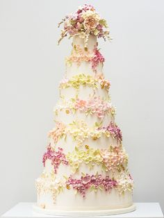 Floral wedding cake by Rosalind Miller Cakes ~ Beautifully Decorated and Delicious Award Winning Wedding Cakes  http://www.rosalindmillercakes.com/