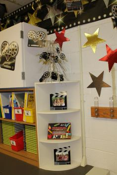 hollywood theme classroom ideas | Clutter-Free Classroom: Hollywood Themed Classroom Photos and Ideas ...