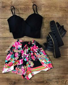 COMPLETAMENTE LINDO  ! Outfits For Teens, New Outfits, Spring Outfits, Casual Outfits, Fashion Outfits, Pretty Outfits, Cute Outfits, Look Con Short, Crop Top Outfits