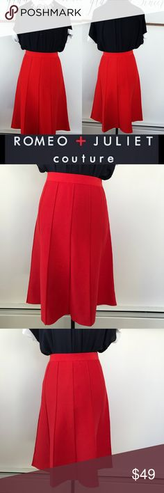NWT🆕 Romeo + Juliet Couture Red Midi Skirt Gorgeous NWT Romeo and Juliet Couture bright red midi skirt. It's a stretch pull-on skirt! No zips or buttons. Just a beautiful bright red color that is sure to make you stand out of the crowd in the best way! 😍 no rips or stains. 👌🏼 mint condition. (Size Small) can fit a size 4/6. Measurements coming soon. Romeo & Juliet Couture Skirts Midi