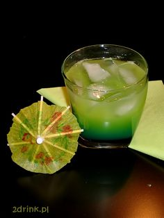 Zielona Wdowa Blue Curacao, Panna Cotta, Cocktails, Ethnic Recipes, Food, Anime, Gastronomia, Craft Cocktails, Dulce De Leche
