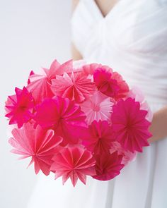 Pop-Up Paper Bouquet - If you want to make your grand entrance even grander, opt for this punch-drunk bouquet, made from bell-shaped paper ornaments. Diy Wedding Flowers, Wedding Fabric, Wedding Paper, Flower Bouquet Wedding, Diy Flowers, Fabric Flowers, Bridal Bouquets, Wedding Ideas, Floral Bouquets