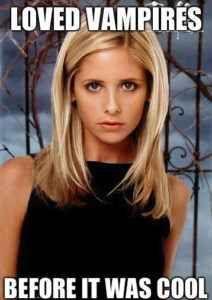 Buffy VS Bonnie: amori immortali Rinunciare alla vita eterna solo per amore: è un dissidio che colpisce spesso i vampiri delle serie tv quando si innamorano di una mortale. Da Buffy l'Ammazzampiri a Bonnie di The Vampire Diaries, ri #buffy #vampirediaries #serietv