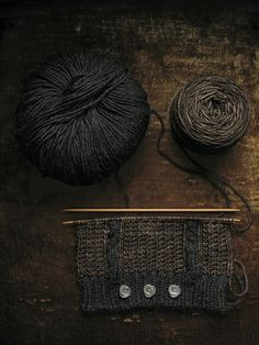 Beautiful zig-zag purl stitch knitting knitting love this idea. Knitting Stitches, Knitting Yarn, Free Knitting, Knitting Patterns, Crochet Patterns, Cute Blankets, Textiles, Knitting Projects, Lana