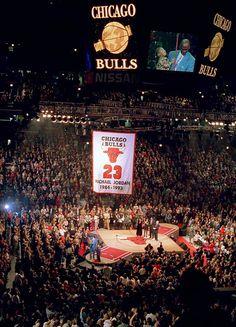 Bulls retire Michael Jordan's jersey