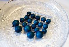 Kirppisrakkautta Teal, Purple, Scandinavian, Indigo, Vintage Jewelry, Blues, Beaded Bracelets, Textiles, Retro