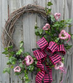 Valentines Wreath - Pink and Black Valentines Wreath with Sparkly Hearts - Bridal Shower Wreath