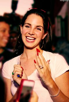 Lana Del Rey's nails are stunning, definitely going for this red / deep red, almond shaped acrylic nails