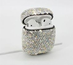 Luxurious Bling Diamonds Decorative Case for Apple AirPods Accessories Wireless Bluetooth Earphone Protective Cover Bag Shell headphone apple Iphone 7 Plus, New Iphone, Apple Iphone, Fone Apple, Airpods Apple, Apple Pin, Accessoires Iphone, Earphone Case, Phone Cases